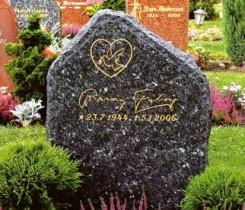 Ljus Labrador granit med polerad framsida